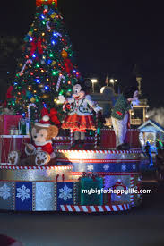5 tips for mickey u0027s very merry christmas party my big fat happy life