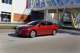 Hyundai Elantra 2002 Hatchback 2017 Hyundai Elantra Debuts In L A With New Design New Engines