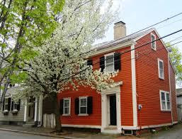 old orange houses streetsofsalem
