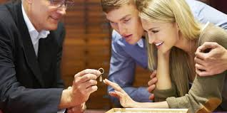 how to buy an engagement ring the appraiser s guide to purchasing an engagement ring huffpost