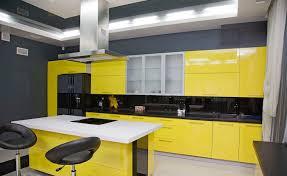 cuisine noir et jaune 1001 astuces comment aménager une cuisine en longueur
