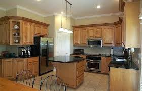 kitchen wall colors with maple cabinets best colors for kitchens with maple cabinets beautiful full