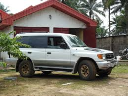 pajero mitsubishi 1998 mitsubishi montero questions where can i find the ac drain line