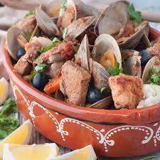 cuisine typique 10 plats typiques du portugal pour fêter la victoire avec les