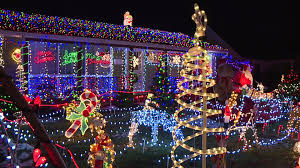 christmas lights speedway family s amazing christmas lights display attracts