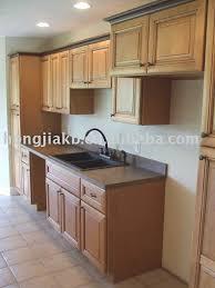 meuble de cuisine en bois massif meuble cuisine bois brut unique cuisine bois massif meubles de