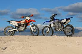 on road motocross bikes this or that ktm 450xc f vs yamaha yz450fx dirt bike test