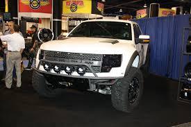 Ford Raptor White - white ford raptor sema 2011 drivingscene