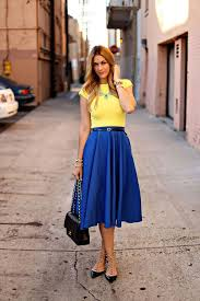 what color shoes to wear with light blue dress style guru
