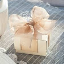 favor boxes for weddings pin by inca display on gift boxes wedding packaging