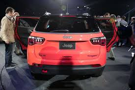 jeep compass trailhawk 2017 colors 2017 jeep compass first look review motor trend