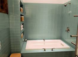 glass tile ideas for small bathrooms 11 best bathroom tile ideas retro looking images on