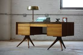 bureau design scandinave bureau en bois design great dcoration bureau bois design with