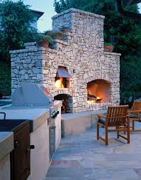 Backyard Stone Ideas by Best 25 Backyard Fireplace Ideas On Pinterest Outdoor