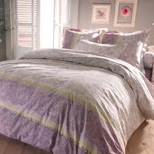 comment faire une chambre romantique chambre romantique comment aménager et décorer une chambre