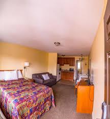 book sahara courtyard inn penticton okanagan valley hotel deals
