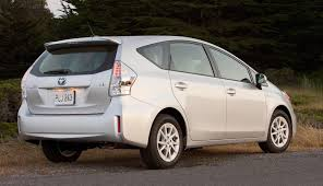 lexus ct200 prius toyota prius wagon sales in 10 weeks top gm volt total for 2011