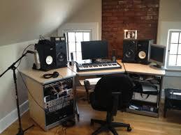 bureau studio musique setting up your own home recording studio workstation desk