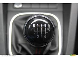 2012 volkswagen jetta gli 6 speed manual transmission photo