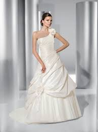 one shoulder wedding dresses 2011 11 best one shoulder wedding dress images on wedding