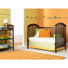 Graco Freeport 4 In 1 Convertible Crib by Graco Freeport 3 In 1 Classic Crib Walmart Com