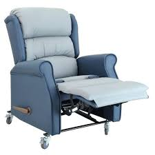 fauteuil confort electrique fauteuil de confort electrique fauteuil releveur aclectique