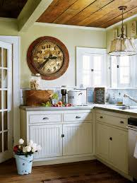 small cottage kitchen design ideas antique wall clock cottage kitchen design ideas jpg 450 600