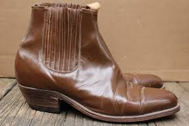 s boots made in s tres caballos cuban heel side boots 1960s