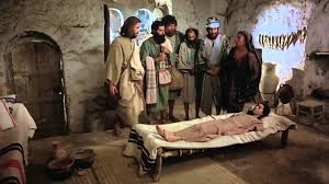 jesus christ brings dead to back to life miracles of jesus