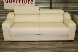 canapé lit en cuir convertible canapé convertible cuir beige 990 00 par