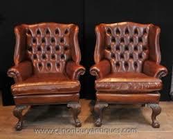 canapé cuir anglais chesterfield paire antique anglais wingback fauteuils chesterfield fauteuil en