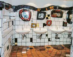 hundertwasser badezimmer kunst wc im hundertwasser bahnhof uelzen kunst