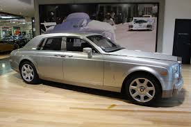 roll royce garage 2004 rolls royce phantom 1s68