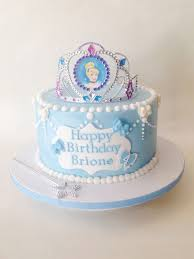 cinderella birthday cake best 25 cinderella birthday cakes ideas on cinderella