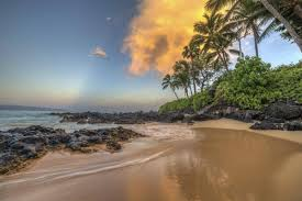 Hawaii what travels around the world but stays in one spot images How can we do a hawaii trip on a reasonable budget the globe