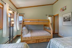 Guest Room With Twin Beds by Tennis Townhome 1337 Summit County Mountain Retreats