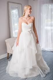 wedding dresses for rent 176 best wedding dress rentals images on neckline