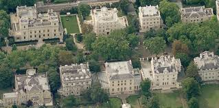 who lives in kensington palace what is it like to live on britain s most expensive street