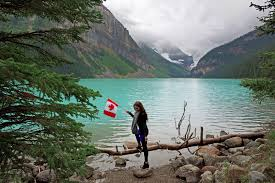 5 reasons to lake louise wildluxe