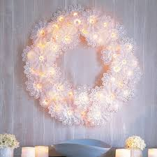 this season try new 20 unique ways to decorate with christmas