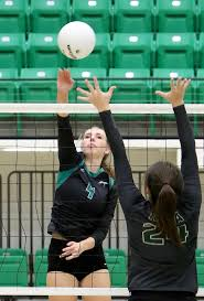 volleyball van buren u0027s olienyk in the u0027right u0027 spot sports