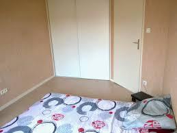 ma chambre à moi ma chambre très minimaliste sans déco sous notre toit