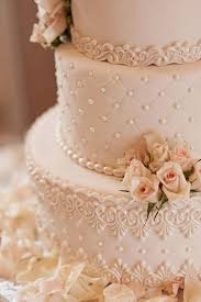 vintage wedding cakes 23 eye popping vintage wedding ideas lace detail vintage