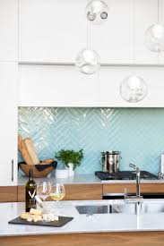 Green Kitchen Tile Backsplash Best 25 Modern Kitchen Tiles Ideas On Pinterest Green Kitchen