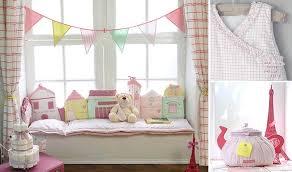ma chambre de bébé tour de lit en coton composé de petites maisons imprimées brodées