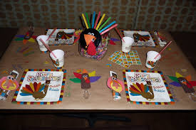 thanksgiving decorations ideas table settings thanksgiving decorating ideas for kids with bird pattern table