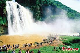 famous waterfalls in the world in photos famous waterfalls of the world 8 12