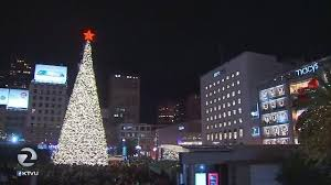 christmas lights san francisco tree lighting ceremony dazzles huge crowd at union square story ktvu