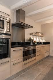 cuisine bois et inox stunning cuisine bois noir inox ideas design trends 2017