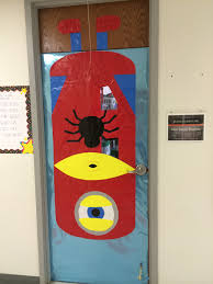 halloween door decoration ideas pin by nancy palmer on door decorating pinterest minion halloween